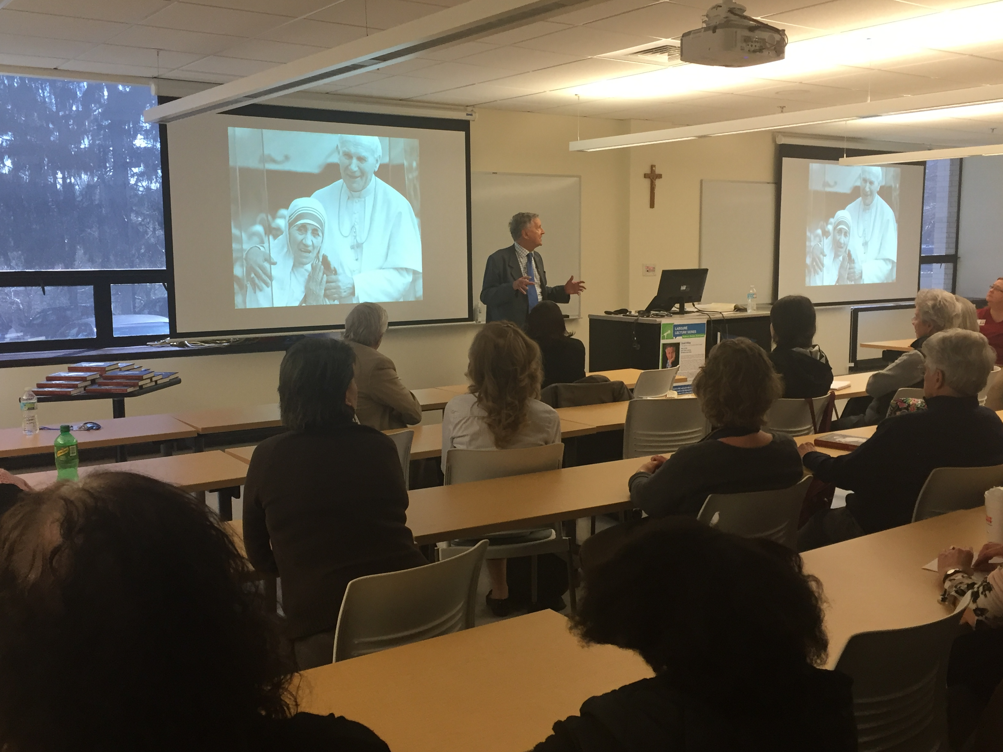 David Willey Speaks About Covering the Vatican for 40+ Years  - Featured Image